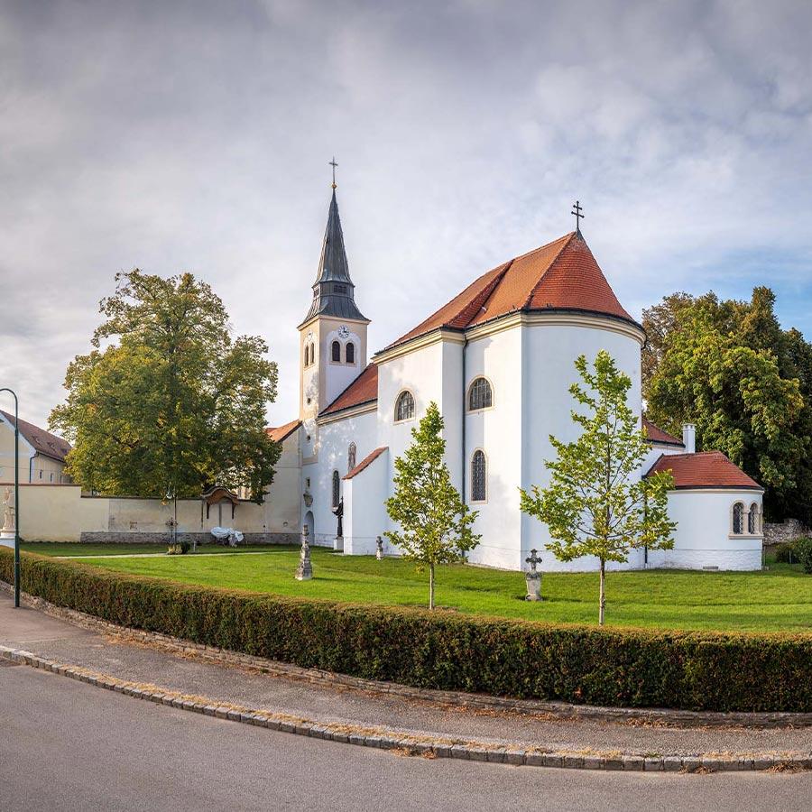 Pfarrkirche Reinprechtspölla, © Reinhard Podolsky